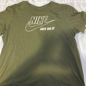 Oversized Nike T-Shirt